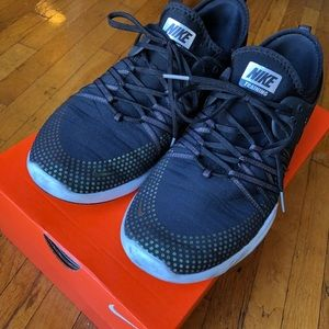 a0277460b50a Nike Shoes - Womens Nike Free TR 7 Mtlc 922844-001 sz 9.5 Black